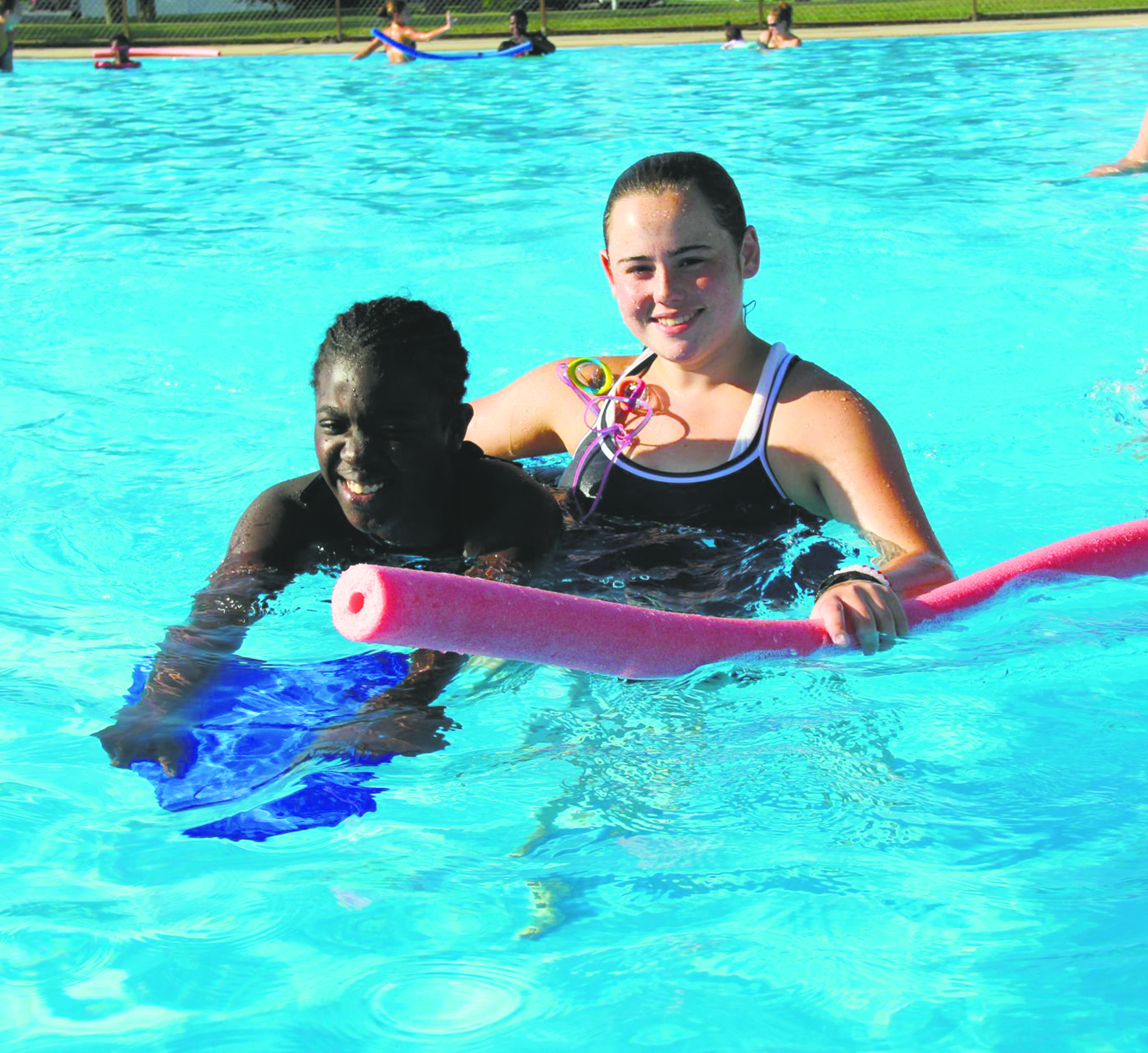 kids make a splash at levittown pool levittown tribune